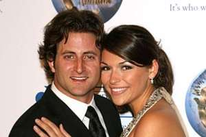 From Glam Divorces to Love Phobics Like DeAnna Pappas