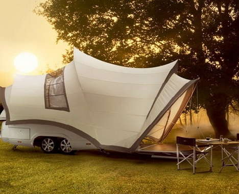 25 Luxurious Campers
