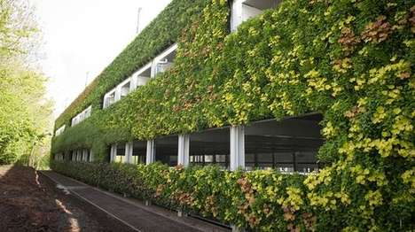 Strawberry-Bearing Living Walls - This Living Wall Attracts Butterflies & Bears Strawberries