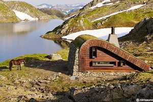 This Isolated Hunting Cabin Naturally Blends into Its Surroundings