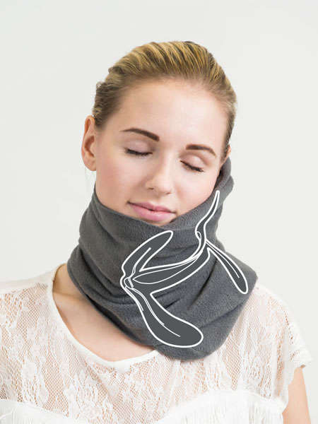 Scarf-Inspired Travel Pillows - The 'Napscarf' Provides a New Solution for Napping on the Go