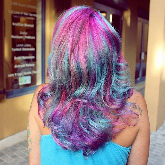 Цветные волосы - новый горячий тренд лета 2015