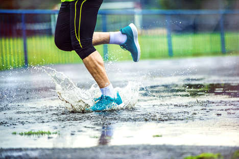 Water-Resistant Socks - The '5 Water Socks' Keep Feet Feeling Dry and Comfortable in Any Weather
