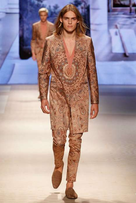 Elaborately Decorative Menswear - The Etro Men's Spring Collection Showcases Dramatic Patterning