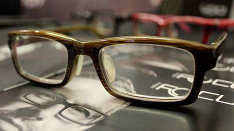 Refocusing Eyewear - The AdlensFocuss Glasses' Focus Can Be Switched By Twisting a Dial