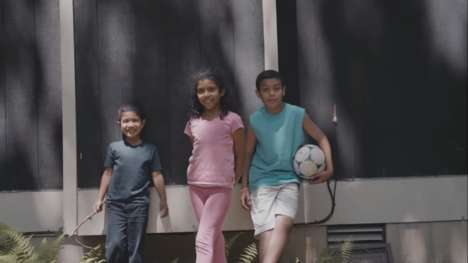 Immigrant Family-Honoring Ads - This Independence Day Ad Celebrates Immigrant Families in America