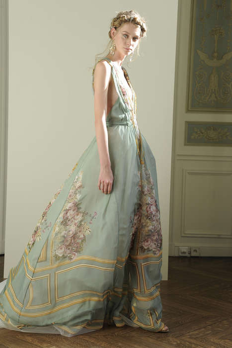 Limited-Edition Regal Gowns - Alberta Ferretti's Spring Evening Collection Revives the Renaissance