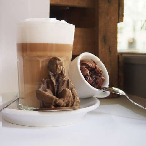 Experimental 3D Printing Cafes - This German Coffee Shop Serves Its Customers 3D-Printed Figurines