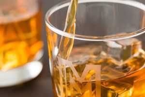 This DIY Whiskey Tumbler Kit Makes a Fun Date Night Activity