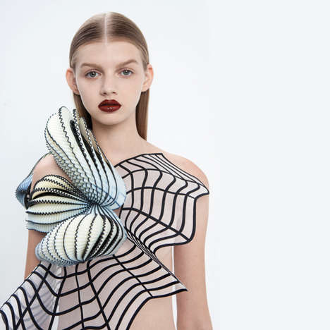 Graphic 3D-Printed Fashion - Israeli Designer Noa Raviv Distorts the Body Through His Creations
