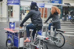 These Food Bicycles Bring Gourmet Veggie Dogs to the Streets of Paris