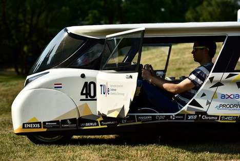 Solar-Powered Family Cars - The Stella Lux Has a Range of Over 1,000 Kilometers