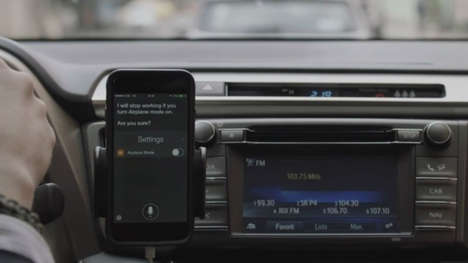 Assistive Safety Ads - Toyota Promotes In-Car Safety with the Help of Siri