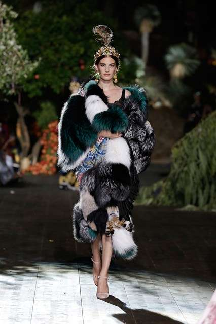 Magnified Sicilian Couture - Dolce & Gabbana's Alta Moda A/W Collection Displays True Italian Style