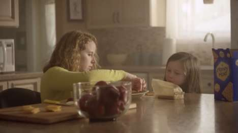 Wholesome Snack Branding - Honey Maid's Latest Commercial Depicts Real American Families