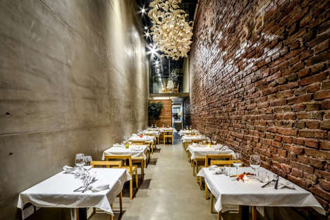 Chic Alleyway Restaurants - El Papagayo is a Stunning Eatery Tucked Away in Córdoba, Argentina