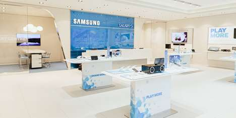 Experiential Tech Shops - Ontario's First Retail Samsung Store Emphasizes Consumer Engagement