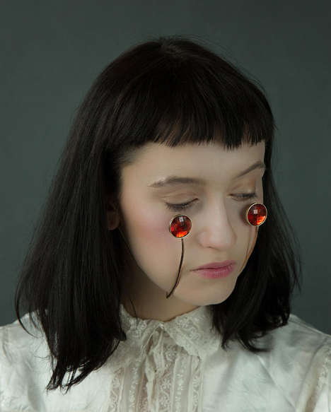 Face-Enhancing Jewelry - This Wired Jewelry Collection by Akiko Shinzato Challenges Beauty Standards
