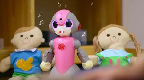 Classroom Photography Robots - The 'Meebo' Robot Acts as a Robot School Monitor in Japan