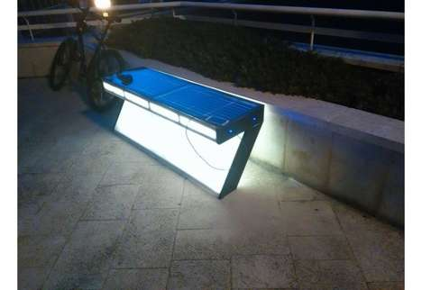 Device-Charging Benches - Croatia's 'Solarna E-klupa' Outdoor Bench Charges Mobile Technology