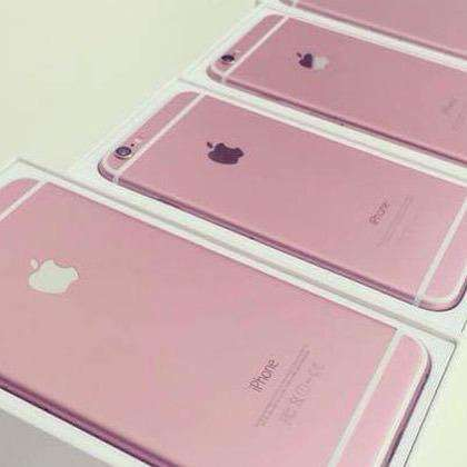 Candy-Colored Smartphones - The Bright Pink iPhone 6 Gives Consumers an Alternative Color Choice
