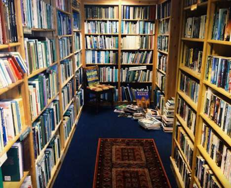 Submersive Bookstore Vacations