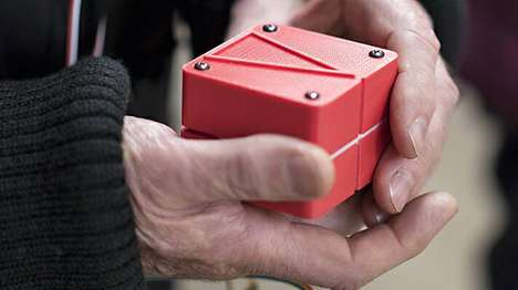 Shape-Shifting Navigation Cubes - This Navigation Device Changes Shape to Direct You