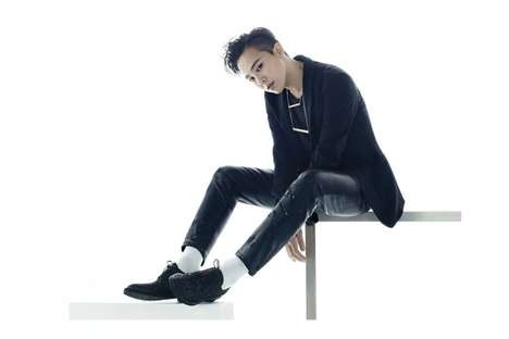 Glitter-Embellished Men's Shoes - This Men's Footwear is Inspired by Androgynous KPop Star G-Dragon