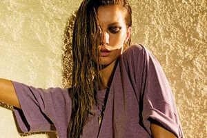 Gisele Sizzles in Elle Magazine