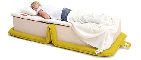 Foldable Chair Beds - This Fold-Out Chair Transforms into a Comfortable Bed