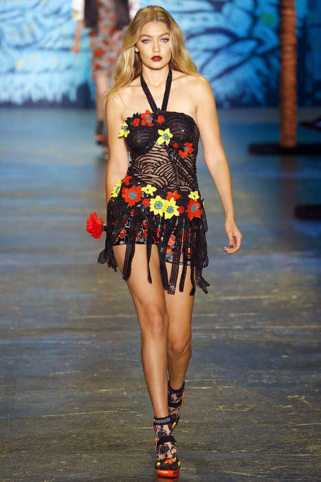 Exotic Islander Apparel - The Anna Sui S/S Collection Boasts a Tropical Aesthetic