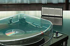 Wireless Vinyl Turntables