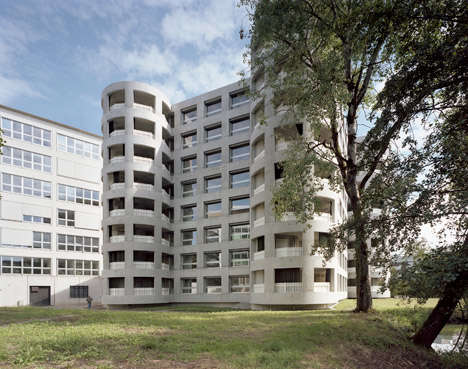 Exposed Concrete Apartments - This Apartment Building Has Four Staircases and No Interior Corridors