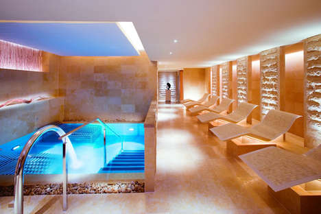 Luxury Fashion Label Spas - The Mandarin Oriental Hong Kong Hosts the First Dior Spa in Asia