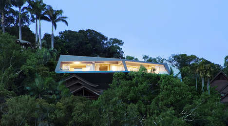 Galactic Beachfront Houses - 'The Edge' by Charles Wright is a Home That Fuses Nature and Modernity