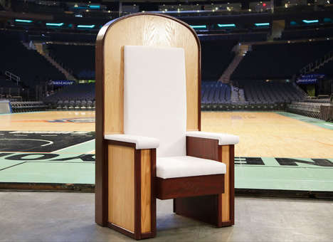 Simple Papal Thrones - The Pope's Chair for His NYC Mass is Unassumingly Plain with a Plywood Frame