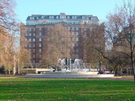 High-End Student Housing - These Park Lane Apartments are Intended for London's Wealthiest Students