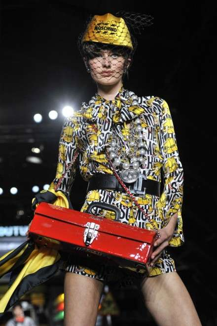 Luxurious Laborer Couture - The Moschino Spring/Summer Collection is Full of Heavy Labor Influences