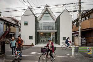 Design Firm 'Starpilots' Created an Adaptable Three-Piece Home
