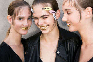 Haute Golden Cosmetic Dusts - Pat McGrath is Planning to Sell Her Fashion Show Gold Face Pigment