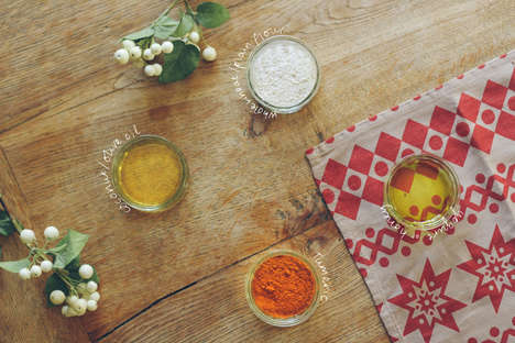 DIY Winter Facial Treatments - This Homemade Turmeric Face Mask Has Anti-Inflammatory Properties