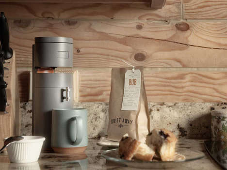 Smart Multifaceted Coffee Brewers - The Bruvelo Coffee Brewer Grinds and Filters Different Javas