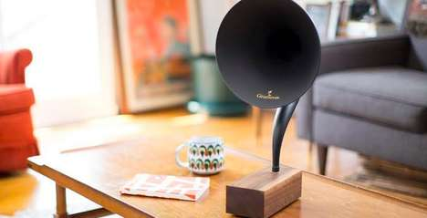 Bluetooth Gramophone Players - Gramovax's Updated Gramophone Design Streams Music from a Smartphone
