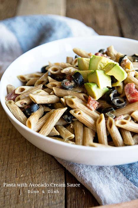 Creamy Avocado Pastas - This Vegetarian Pasta Features a Cream Sauce Made from Avocados