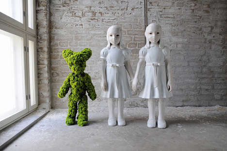 Haunting Moss Sculptures - These 'Moss People' Sculptures Show Emotionless Women & Surreal Animals