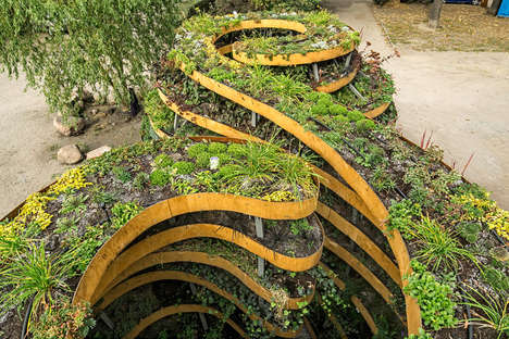 Infinity Symbol Gardens - This Stunning Garden Sculpture is Made to Mimic the Infinity Sign