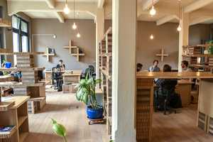 'Paper Hub' is a Co-Working Office That Works Out of a Bitcoin Only Cafe