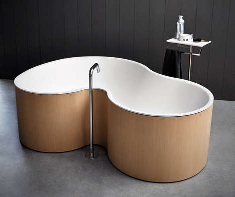 Curved Two-Person Tubs - This Double Bathtub Lets Multiple Occupants Comfortabley Bathe Together