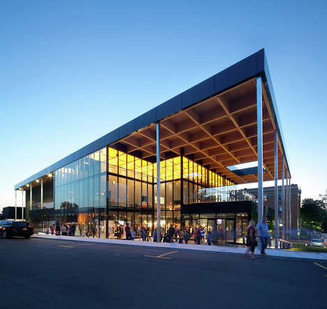 Transforming Theater Spaces - This Mont-Laurier, Quebec Theater Adapts to Suit Its Occupants