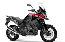 Dual-Tone Motorbikes - The Honda VFR1200X Crosstourer Features a New Color Scheme